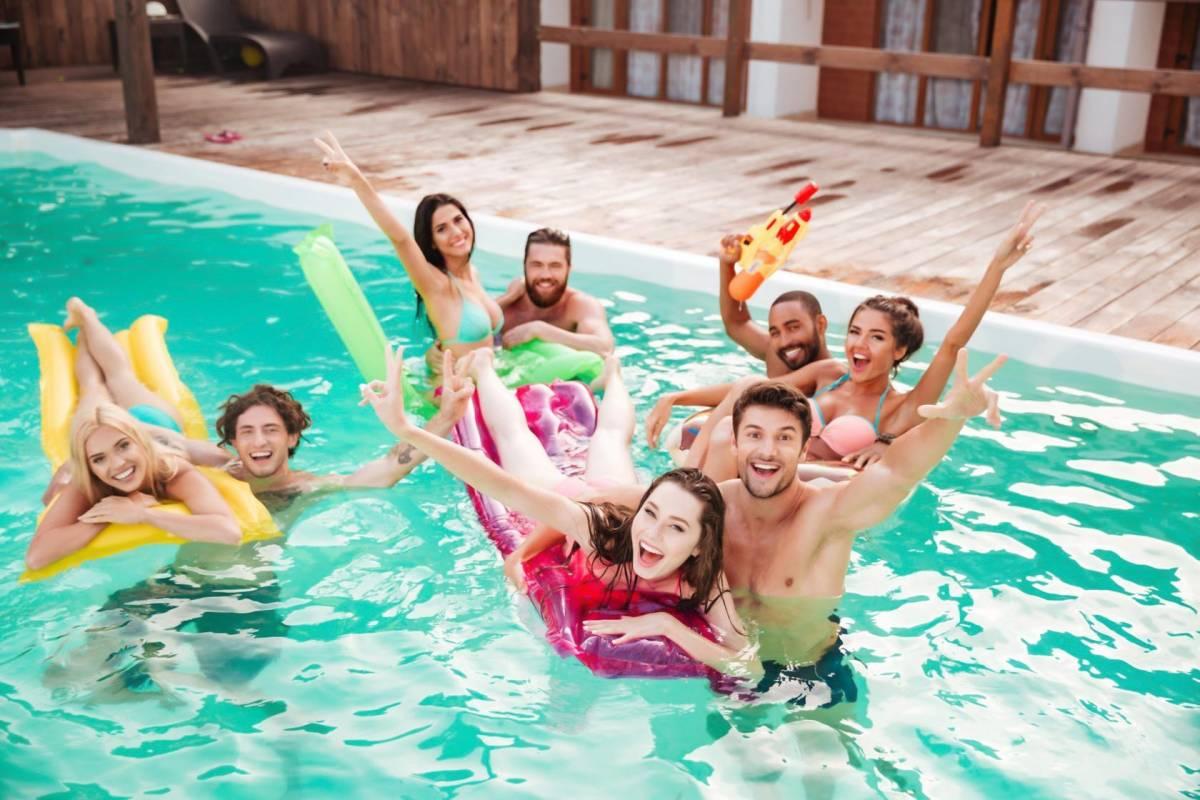 ventajas casas de playa con piscina