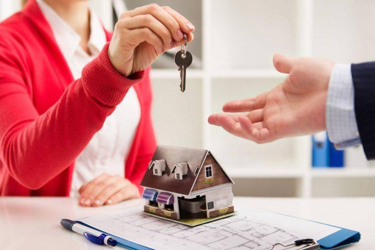 que impuestos pagar al comprar una casa