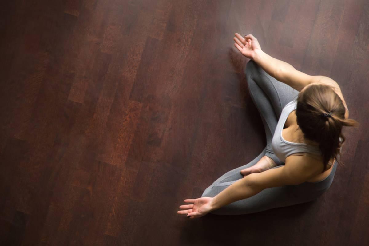 Cómo crear un cuarto de meditación dentro de casa