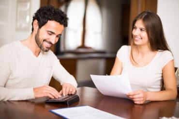 ¿Cómo dividir gastos en pareja?